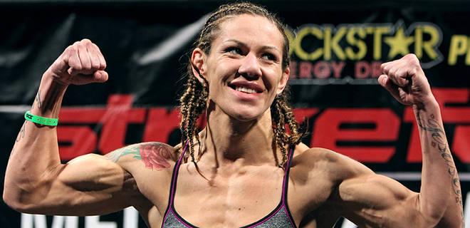 010712-UFC--Cristiane-Cyborg-Santos-JW_20120107163853508_660_320